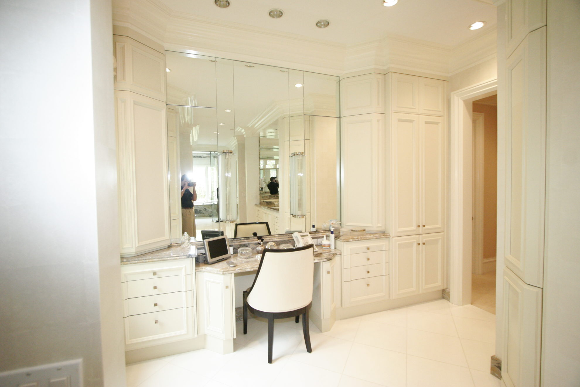 Bathroom Master Elegant Traditional White Painted With Makeup Vanity Mirrored Medicine Cabinet Creative Cabinetry Inc
